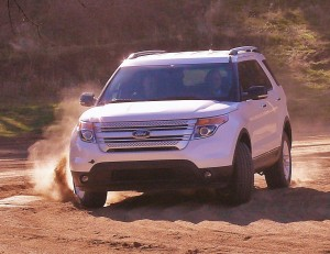 Ford Explorer spews sand