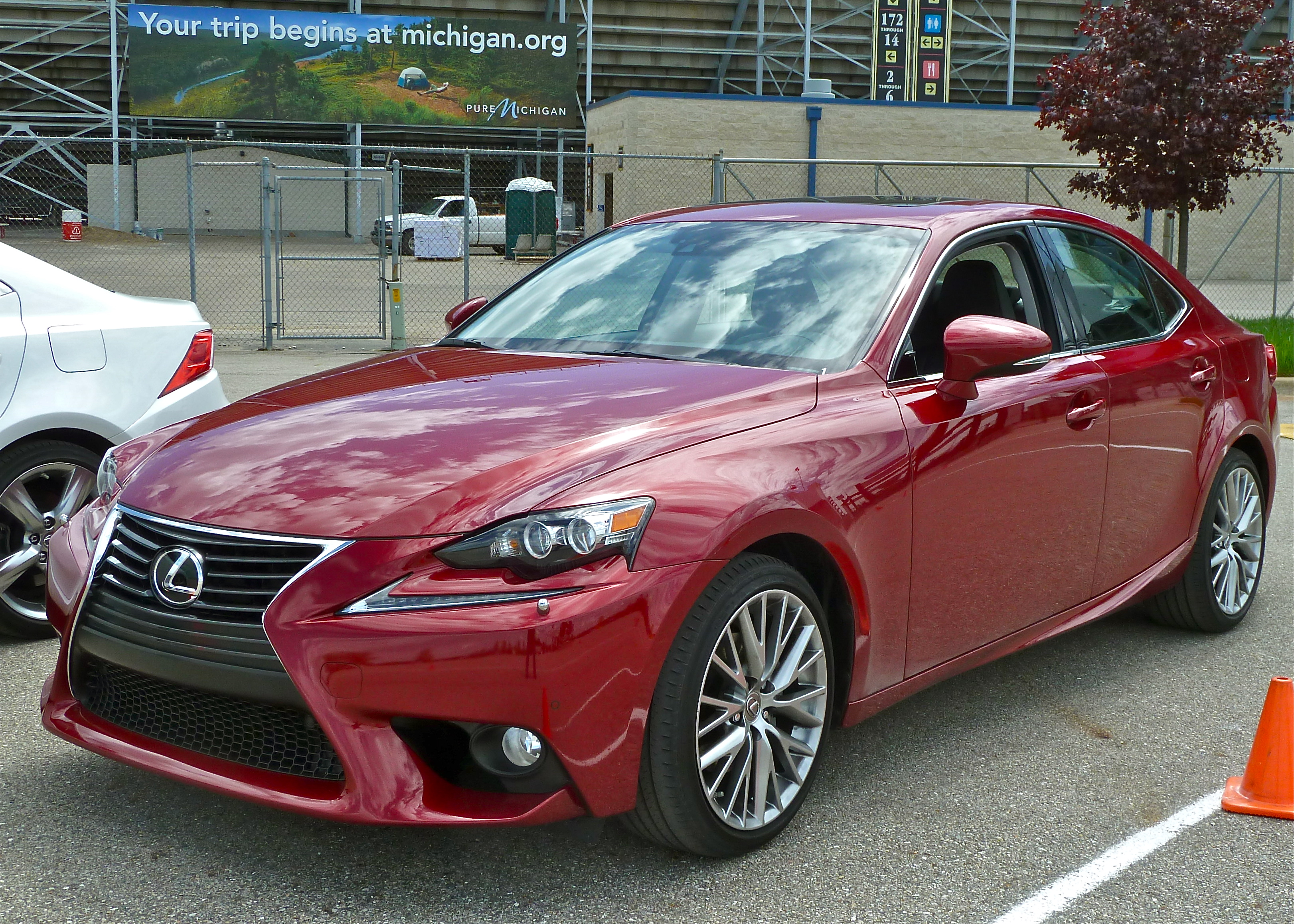 2013 lexus is 250 red 200 interior and exterior images. Black Bedroom Furniture Sets. Home Design Ideas