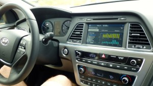 Clean, contemporary dash features various and adjustable hybrid readouts.
