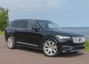 Completely revised XC90 gives Volvo a major player in the mid-luxury SUV category.