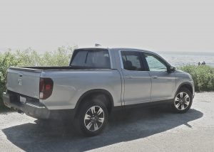 Reborn 2017 Honda Ridgeline loses the angles but retains slick features.