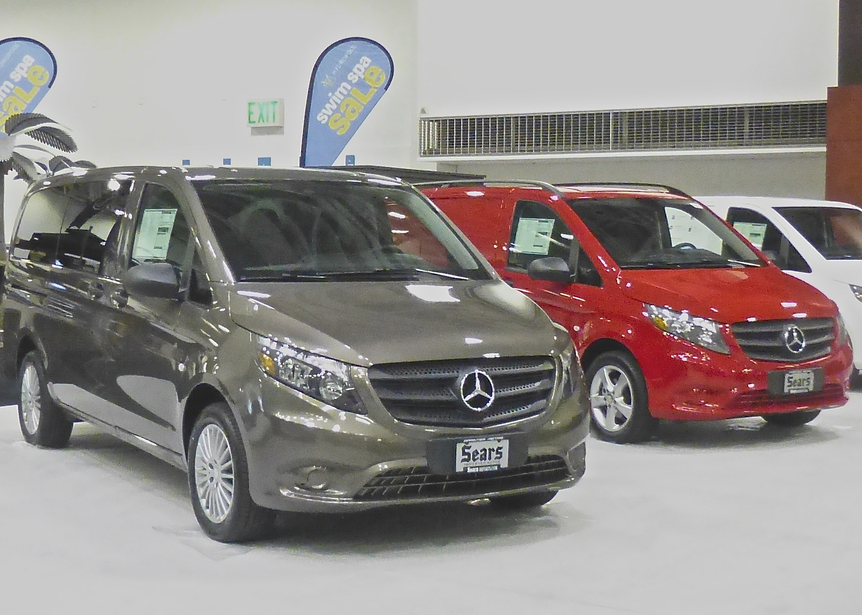 Mercedes Metdris vans offer reasonable size for cargo or riders.
