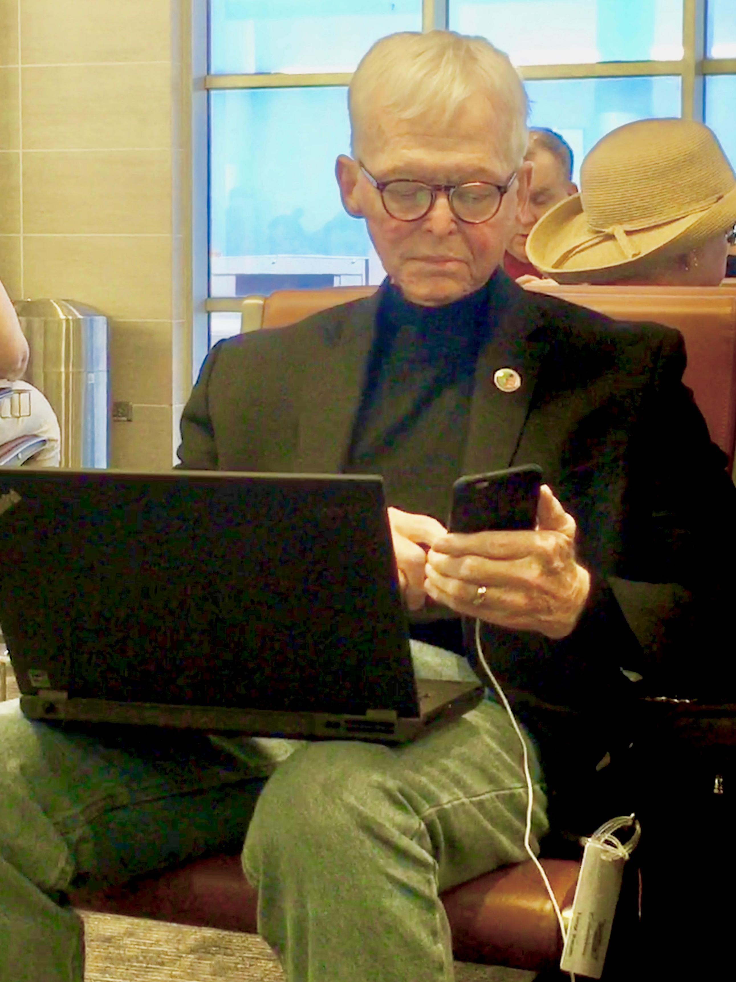 Tony Swan, looking like he enjoyed the high-tech tools of being an auto journalist, was spotted in the San Antonio airport in April of 2017.